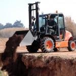 AUSA_Carretilla_1500kg_C150H_4x4_Manipulación_Tierra_Cuchara_Construcion1