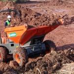 AUSA_Dumper_4000kg_D400AHG_Tranporte_tierra_rampa